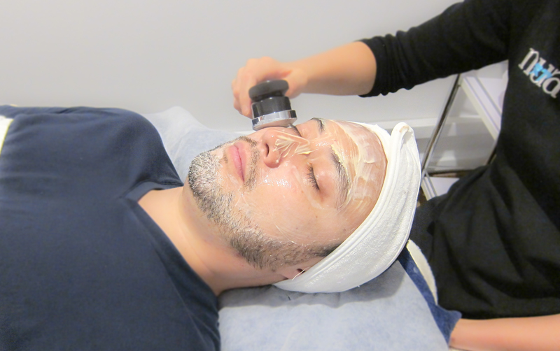 Microcurrent Facial and Eye Treatment by NUA Singapore