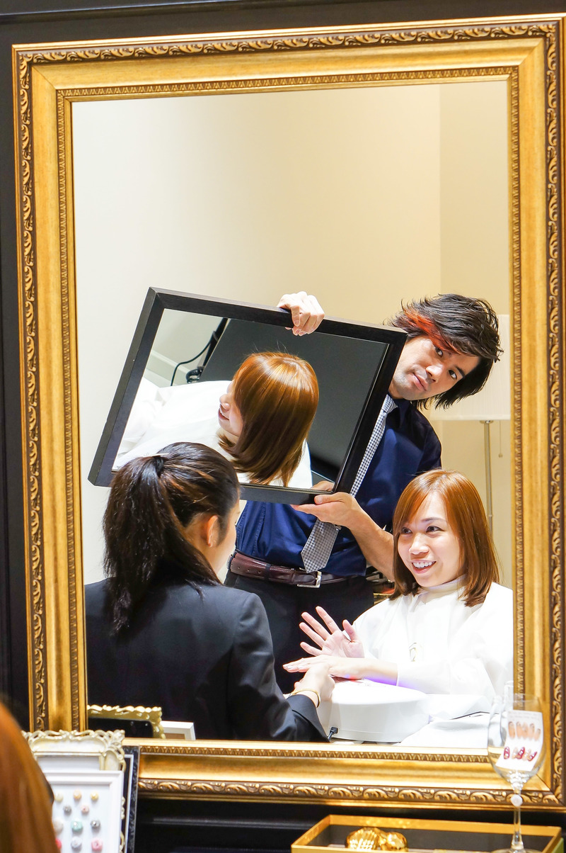 Pampering fit for the Queen: Agent Viv was wowed by the Branche Hair and Nail experience!