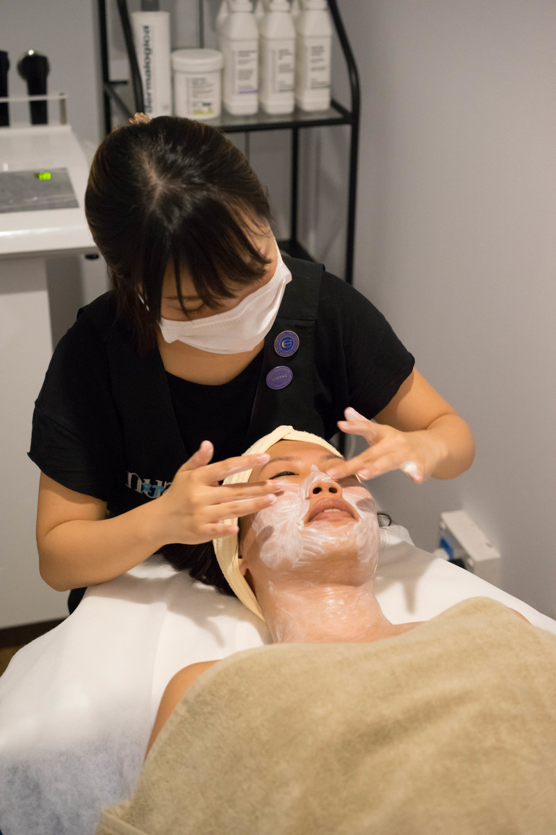 Application of Clay Cleanser