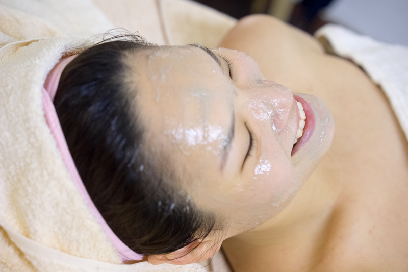 exfoliation at Face Plus by Yamano