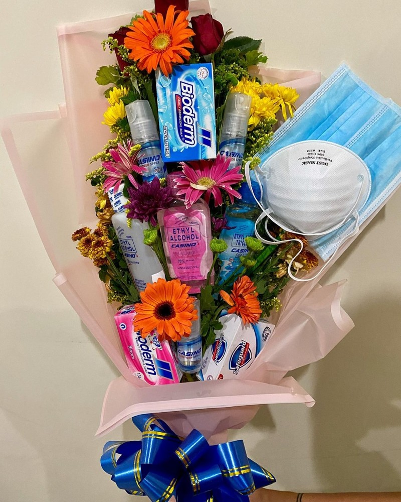 COVID-19 Bouquet Gift Kit