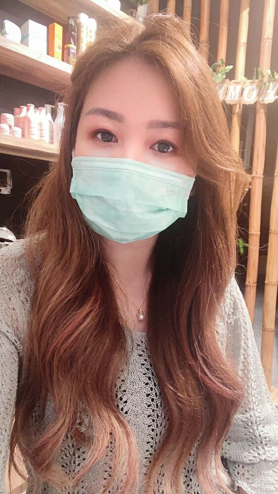 Selfie Tips with Mask