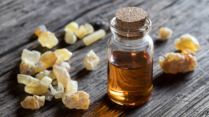 Frankincense Oil at Face Plus