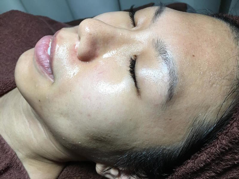 Regular Facial Routine to Reverse Aging at The Bund Beauty