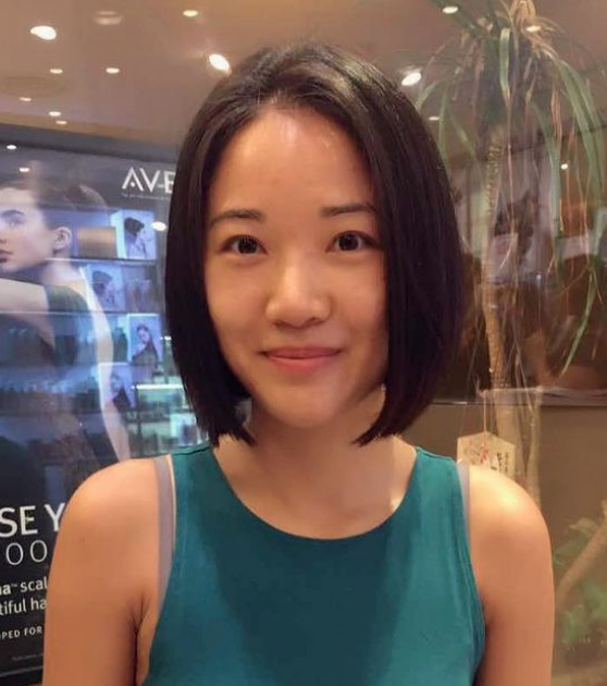 Lob Haircut for a Slimmer Face