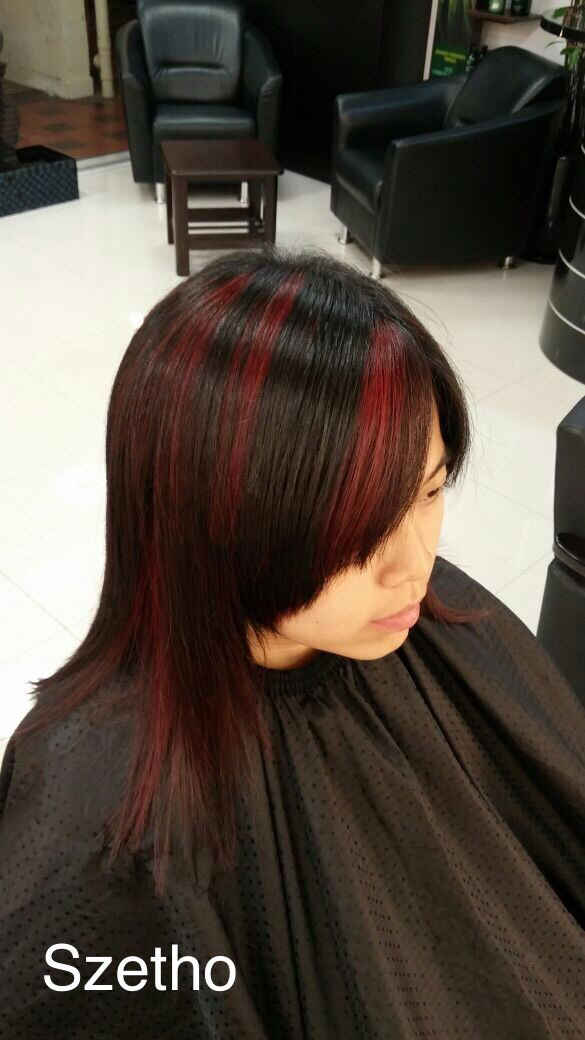 Red Highlights (Sze Tho)