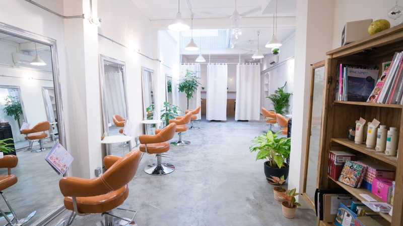 Best Hair Salons for Ambience at Flamingo