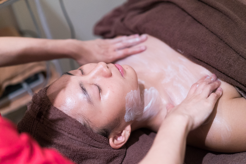 Face Massage at Face Plus by Yamano