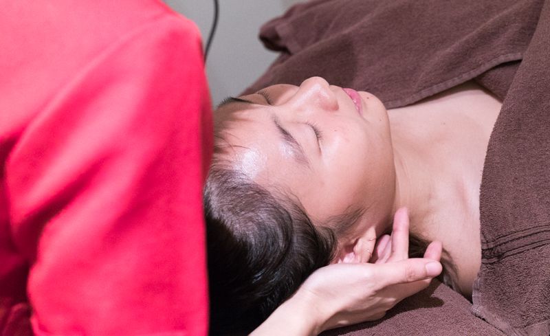 Final Step of Facial at Face Plus by Yamano