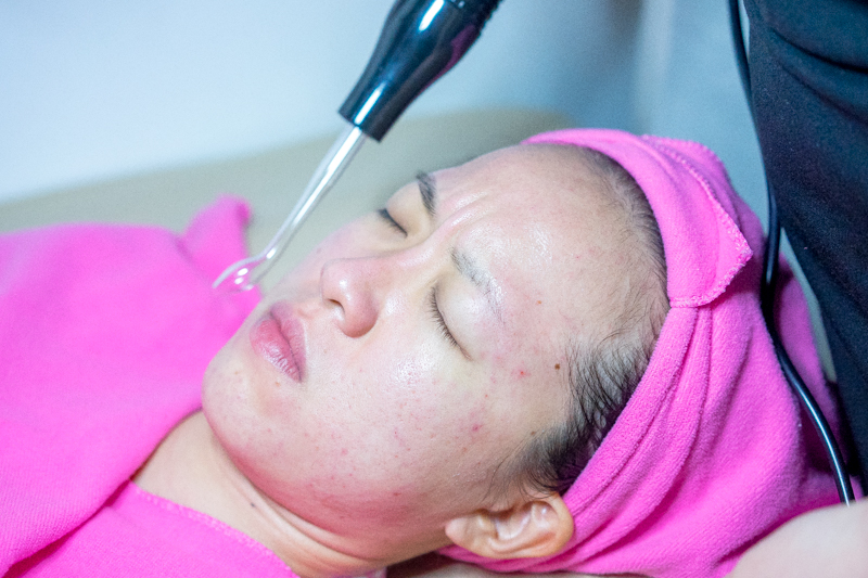 Electroporation Machine at Apple Queen Beauty