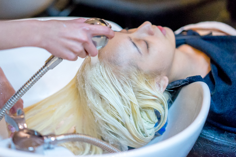 Hair Wash and Dry at Full House Salon