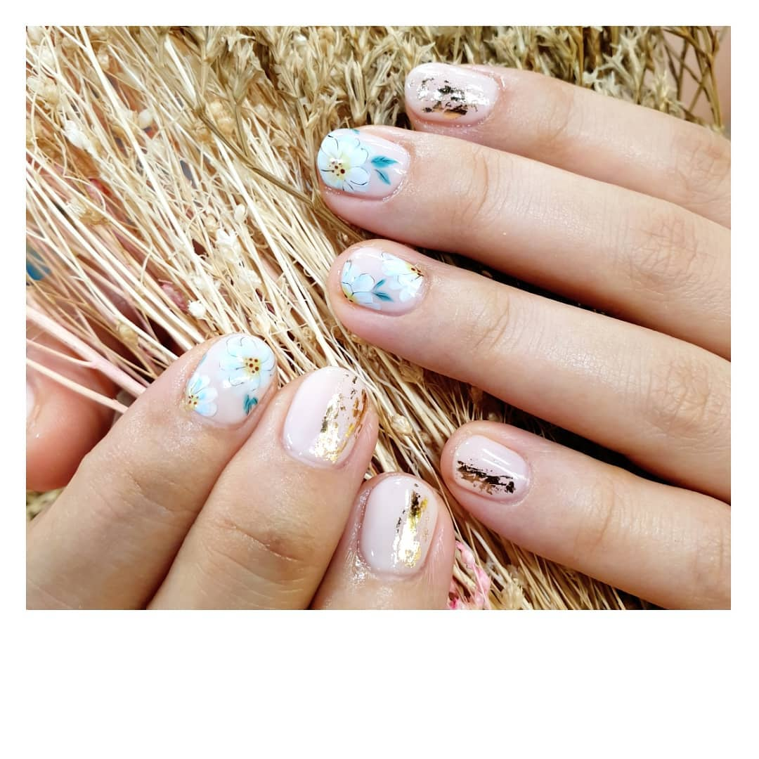 Nail Art for Singles on Valentines Day
