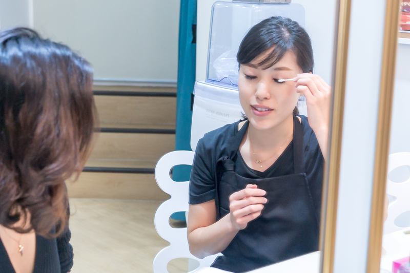 Caring for the Lashes With Micellar Water Taught by Allongee Japanese Beauty Salon