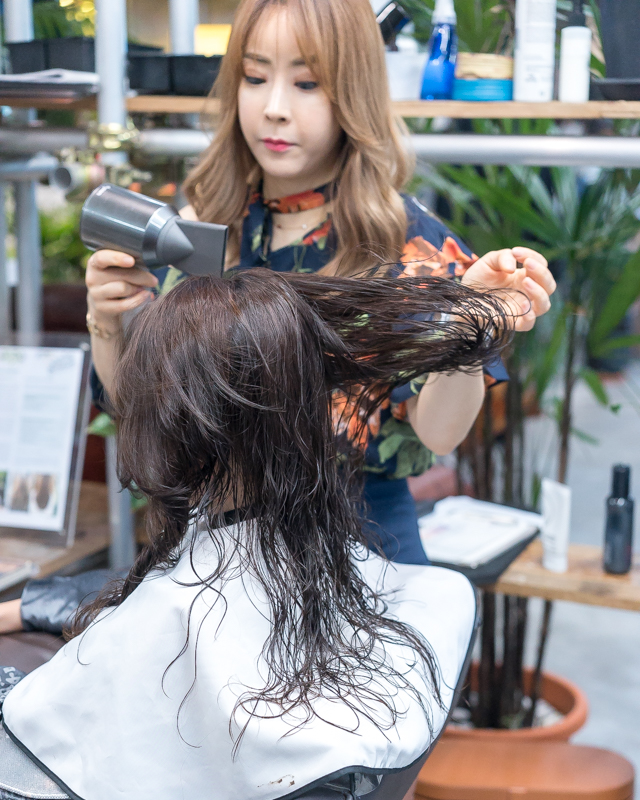 Blow Dry and Styling at Walking on Sunshine
