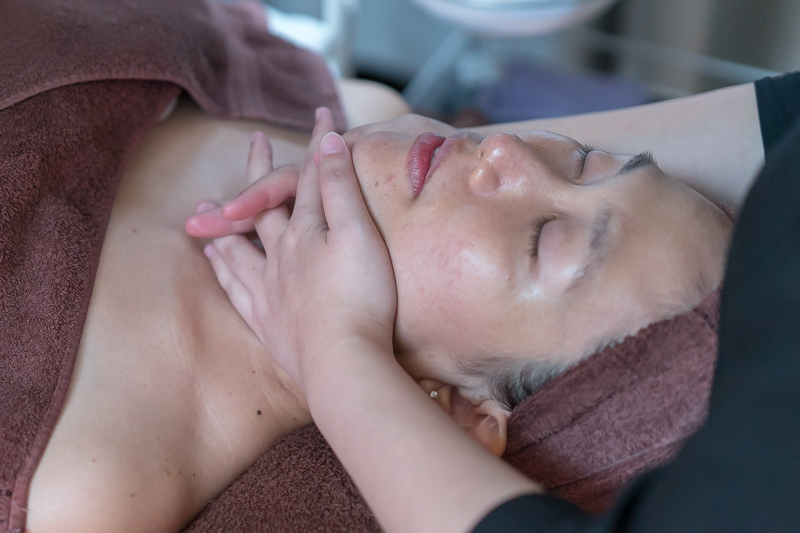 Massage During Facial at The Bund Beauty