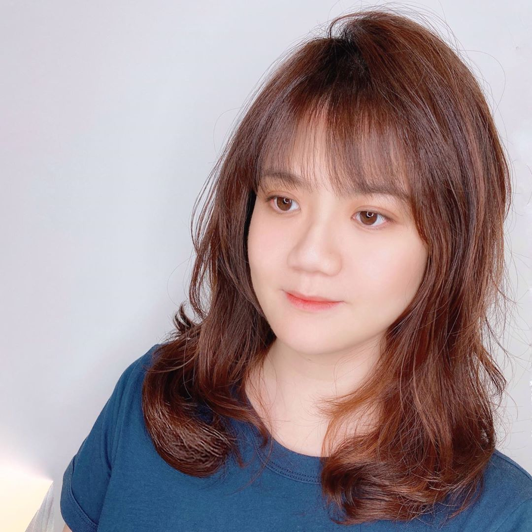 Medium Hairstyle with See-Through Bangs and S Curl Perm by Be U Hair Design