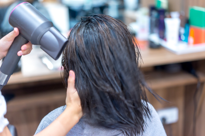 Application of Perm Lotion at Style NA