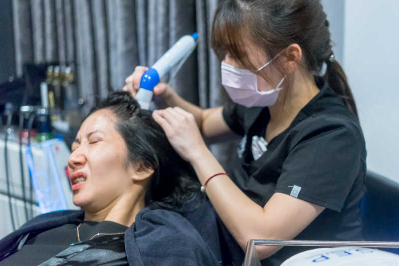 Low Pain Scalp Electroporation at Papilla Haircare