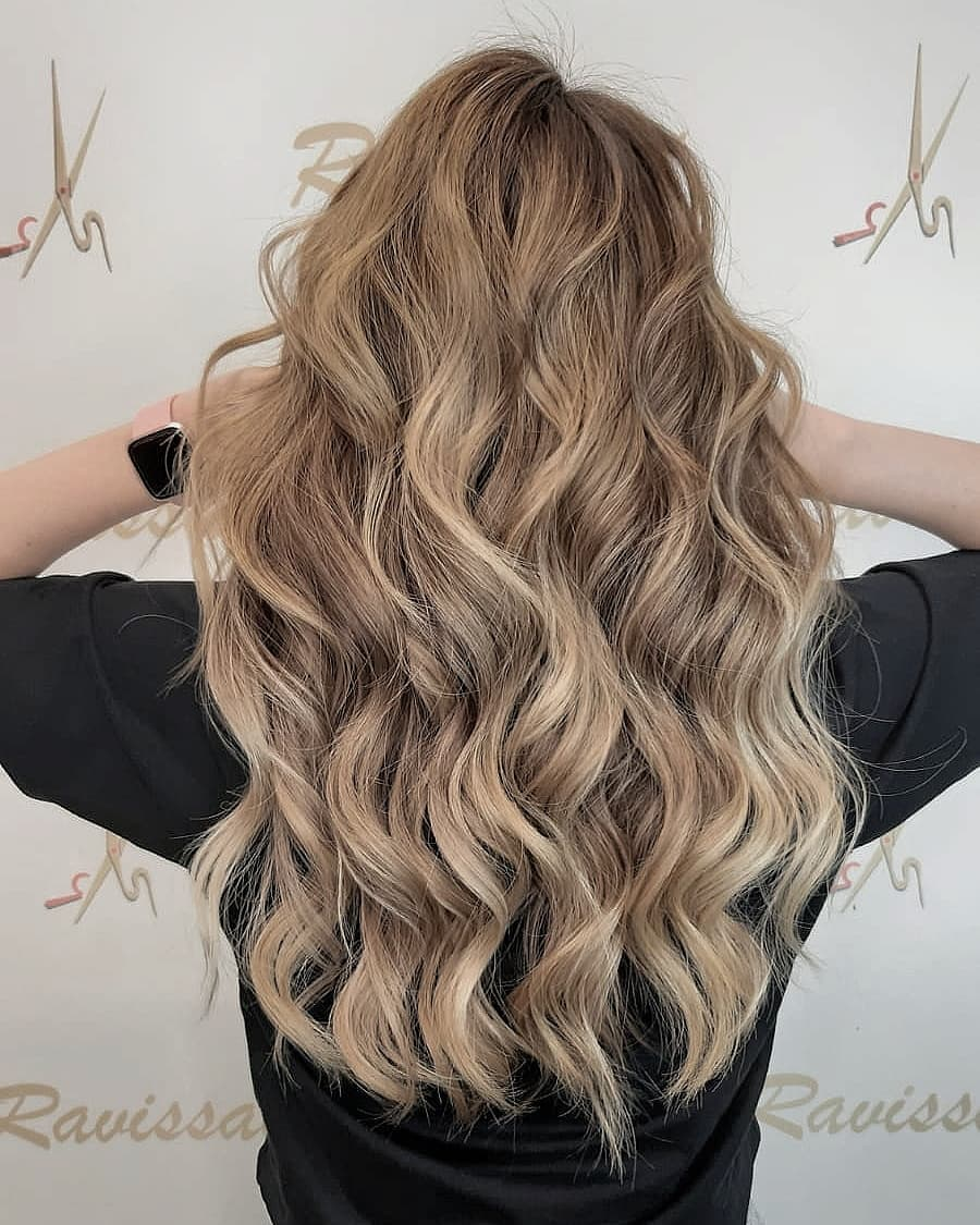 Colour-Airtouch honey blonde