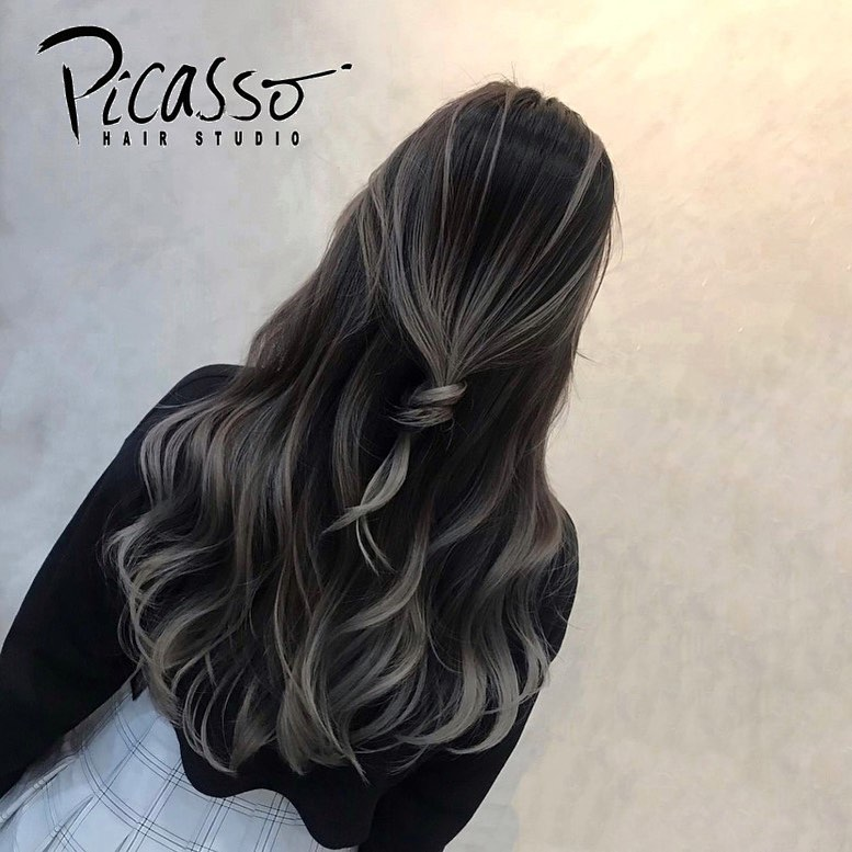 Colour-Balayage Ash Grey (Ziwei) at Picasso Hair Studio