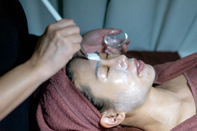 Application of Repair Mask at The Bund Beauty